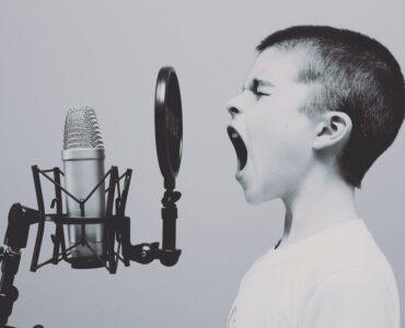 boy music microphone